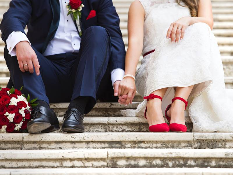 薔薇のテディベアでプロポーズして大好きな彼女と結婚