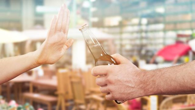 看護師の付き合い飲み会は苦痛なので行かなくてOK【断り方も説明】