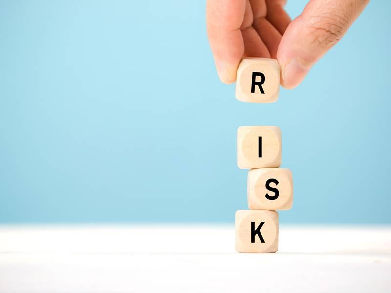 嘘の退職理由にはリスクがある